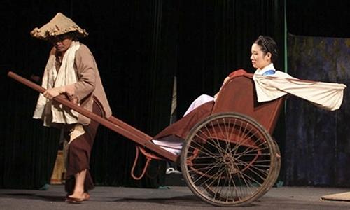"""Xuân Hinh được khán giả yêu mến và gọi là """"Vua hài đất Bắc"""". Ảnh minh họa - Tin sao Viet - Tin tuc sao Viet - Scandal sao Viet - Tin tuc cua Sao - Tin cua Sao"""