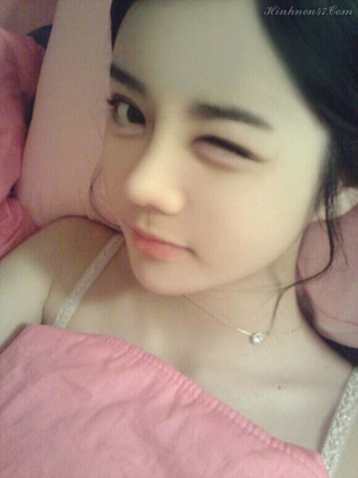 Không dừng lại ở việc làm người mẫu, Soo Bin cũng kinh doanh thời trang cùng với em gái sinh đôi của mình và rất thành công. (Ảnh: Internet)