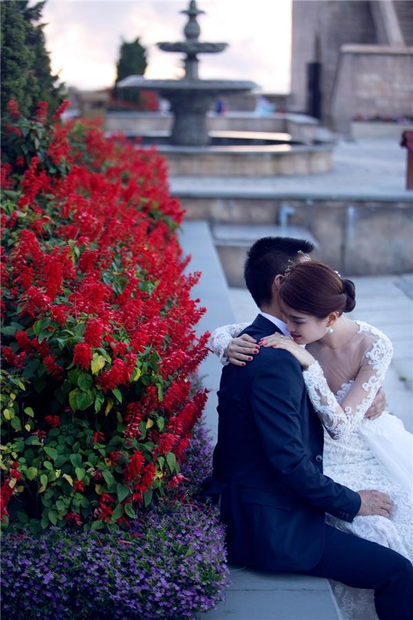Những chiếc váy cưới được NTK Luciola Nguyễn thiết kế riêng dựa theo ý tưởng mà Diễm Trang đưa ra. - Tin sao Viet - Tin tuc sao Viet - Scandal sao Viet - Tin tuc cua Sao - Tin cua Sao