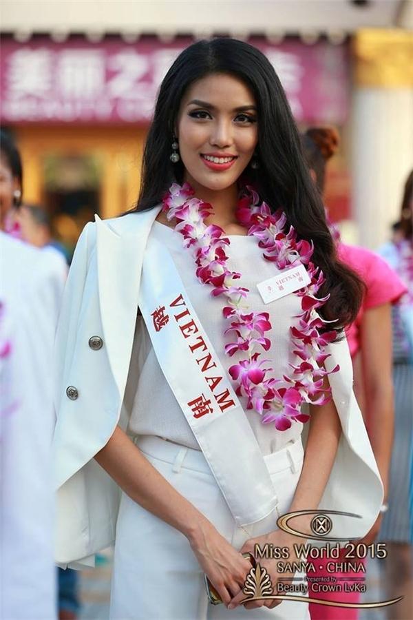 Lan Khuê xuất sắc vượt qua rất nhiều gương mặt xinh đẹp để đại diện Việt Nam đi thi Hoa hậu Thế giới. - Tin sao Viet - Tin tuc sao Viet - Scandal sao Viet - Tin tuc cua Sao - Tin cua Sao