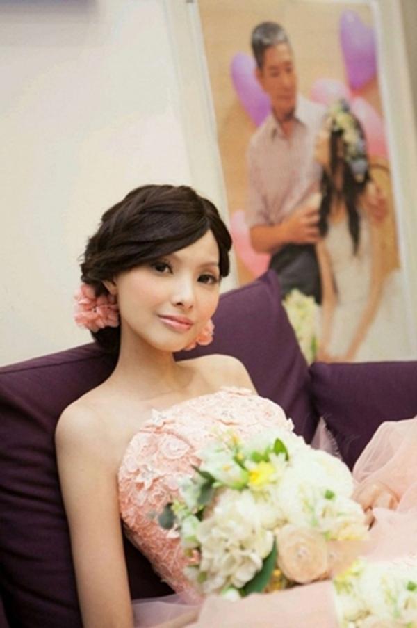 Căn bệnh ung thư quái ác đã cướp đi của Gia Dung cơ hội để có được 1 đám cưới bình thường. (Ảnh: Internet)