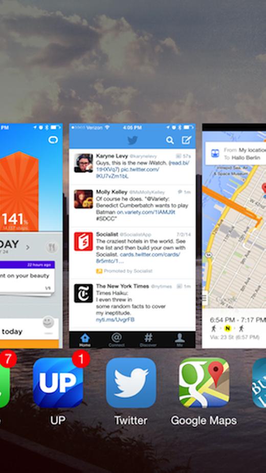 Nên đóng hết ứng dụng chạy nền để iPhone được trơn tru hơn. (Ảnh: Internet)