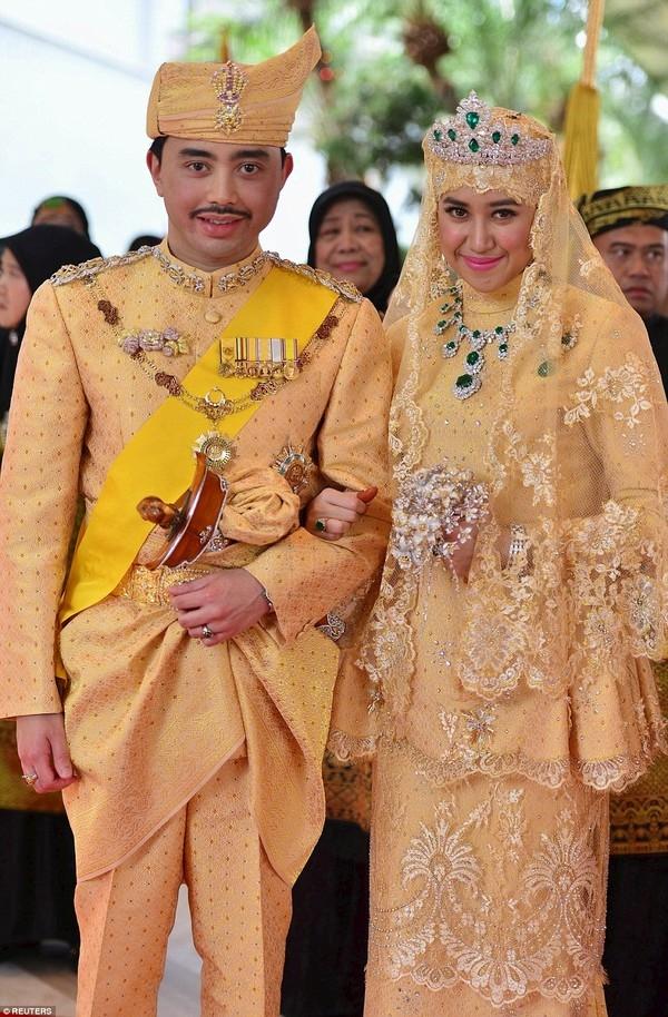 Hai nhân vật chính của lễ cưới xa hoa bậc nhất này. (Ảnh: Internet)