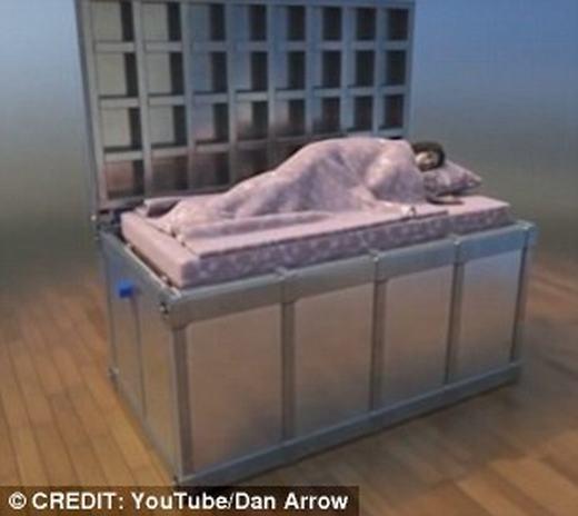 Chiếc giường ở trạng thái bình thường. (Ảnh: Dan Arrow)