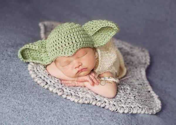 Và có cảđôi tai to,xanh như nhân vật Yoda. (Ảnh Internet)