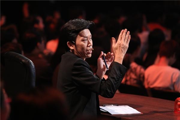 Những biểu cảm đáng yêu của giám khảo Hoài Linh trên ghế nóng. - Tin sao Viet - Tin tuc sao Viet - Scandal sao Viet - Tin tuc cua Sao - Tin cua Sao