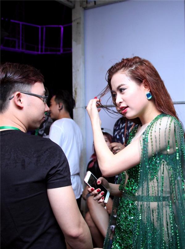 Hoàng Thùy Linh - Tin sao Viet - Tin tuc sao Viet - Scandal sao Viet - Tin tuc cua Sao - Tin cua Sao