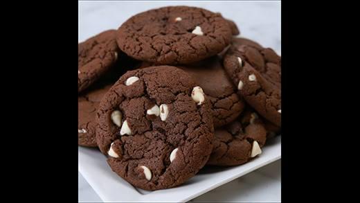 Mách bạn bí kíp làm bánh cookie sô cô la Irish ngon ngất ngây