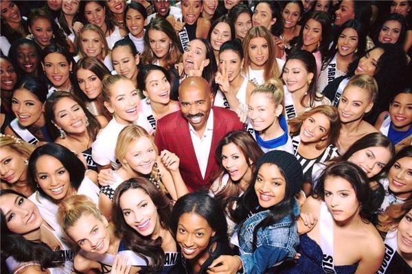 Hình ảnh Phạm Hương bên các thí sinh khác tại Miss Universe 2105. - Tin sao Viet - Tin tuc sao Viet - Scandal sao Viet - Tin tuc cua Sao - Tin cua Sao