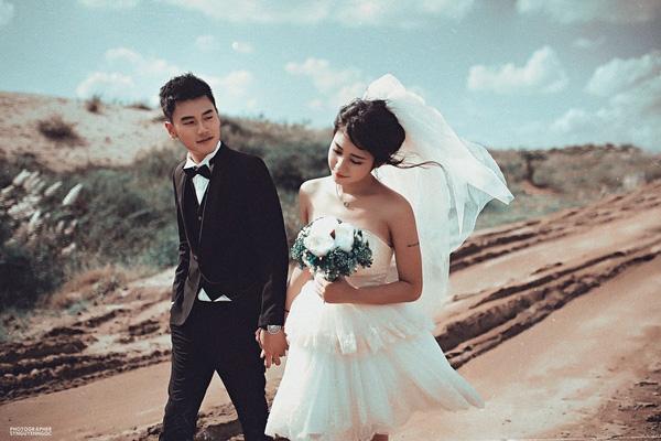 """Sau bao năm quen nhau thì cuối cùng cặp đôi """"trai tài gái sắc"""" cũng quyết định """"về chung một nhà"""".(Ảnh: SyNguyenNgoc)"""