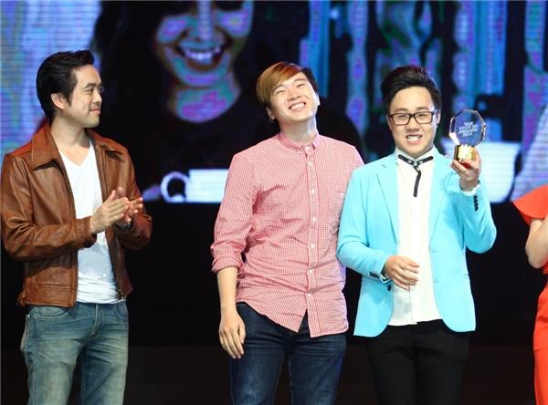 Trung Quân Idol nhận giải thưởng với ca khúc Dấu mưa. - Tin sao Viet - Tin tuc sao Viet - Scandal sao Viet - Tin tuc cua Sao - Tin cua Sao