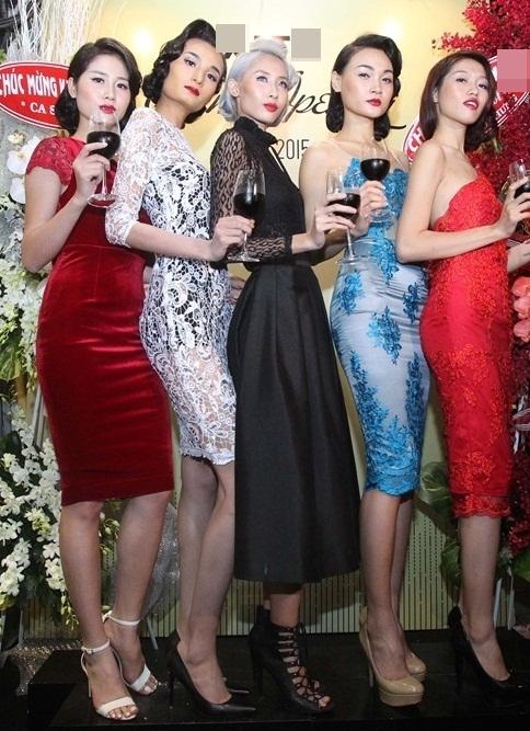Dàn mẫu nữ Next top biểu diễn dưới sự chỉ đạo của Xuân Lan. - Tin sao Viet - Tin tuc sao Viet - Scandal sao Viet - Tin tuc cua Sao - Tin cua Sao