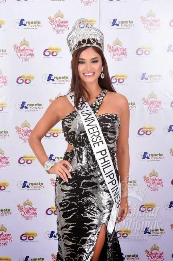 Thời điểm đăng quang Hoa hậu Hoàn vũ Philippines, Pia đã nhận vô số lời chỉ trích khi cho rằng cô không xứng đáng với vị trí này. Tuy nhiên, vượt qua mọi điều tiếng, thành công của Pia trong hôm nay đã khiến nhiều người phải có cái nhìn khác hơn về cô.