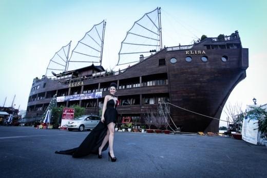 """Du thuyền 5 sao Elisa – nơi diễn ra sự kiện """"Kỉniệm 2 năm thành lập mĩphẩm Nelly.P""""."""