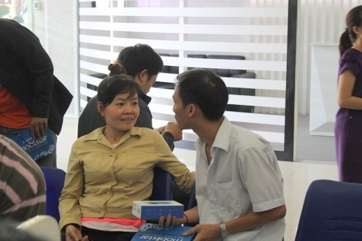 Người dùng vui vẻ chia sẻ cùng nhau khi mua được LAI Zumbo giá sốc.