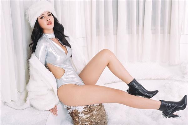 Vũ Ngọc Anh táo bạo khoe thân hình nuột nà trong bộ ảnh mới - Tin sao Viet - Tin tuc sao Viet - Scandal sao Viet - Tin tuc cua Sao - Tin cua Sao
