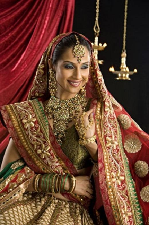 """Vàng là thứ kim loại lấp """"không thể tách rời"""" đối với phụ nữ Ấn Độ. (Ảnh: Internet)"""