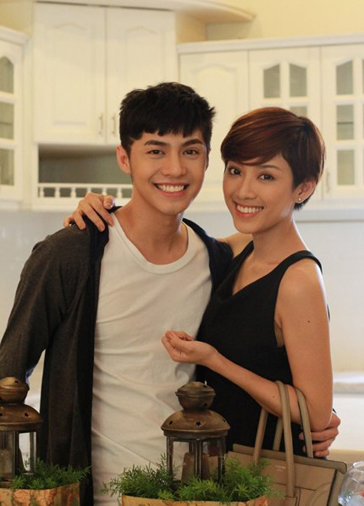 Cô nàng cũng từng góp mặt trong MV Chợt thấy em khóc của Noo Phước Thịnh.