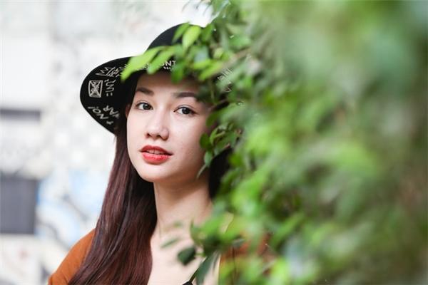 Người đẹp sinh năm 1990 muốn gửi đến đại gia Diệu Hiền lời xin lỗi. - Tin sao Viet - Tin tuc sao Viet - Scandal sao Viet - Tin tuc cua Sao - Tin cua Sao