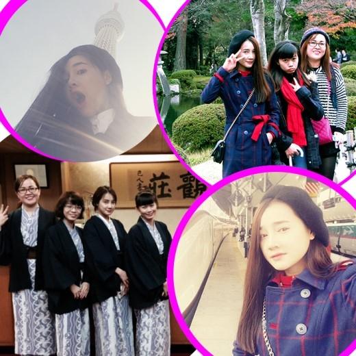 Nhã Phương thích thú tạo dáng khi tham quan Nhật Bản.