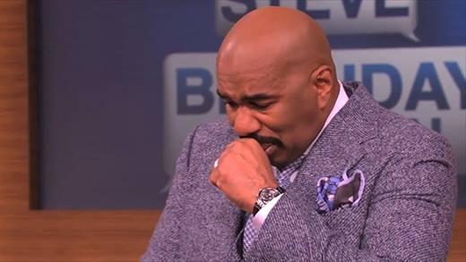 MC gây bão HHHV 2015 khóc nức nở trên truyền hình