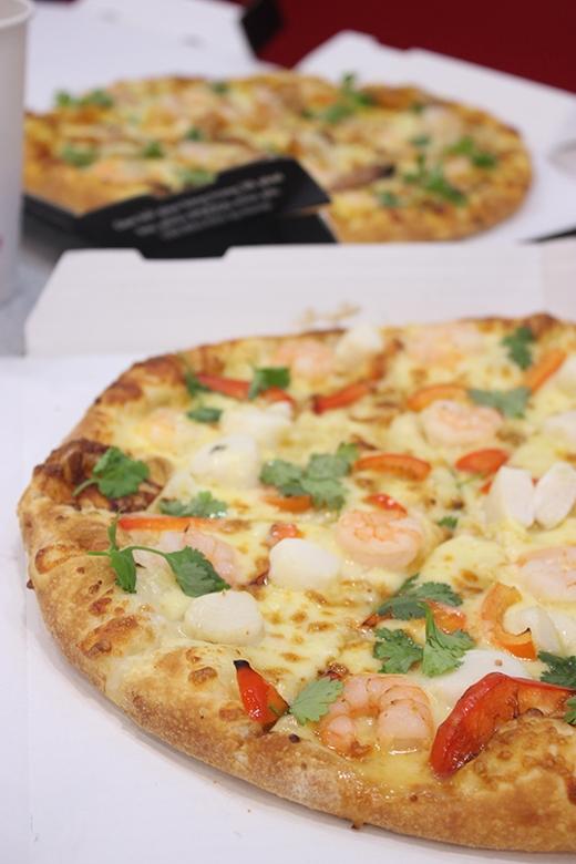 Pizza nhân gà khởi đầu năm mới sum vầy
