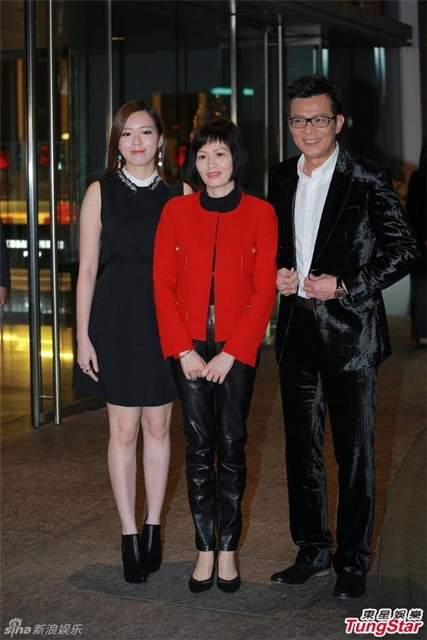 Gia đình tài tử Huỳnh Nhật Hoa.