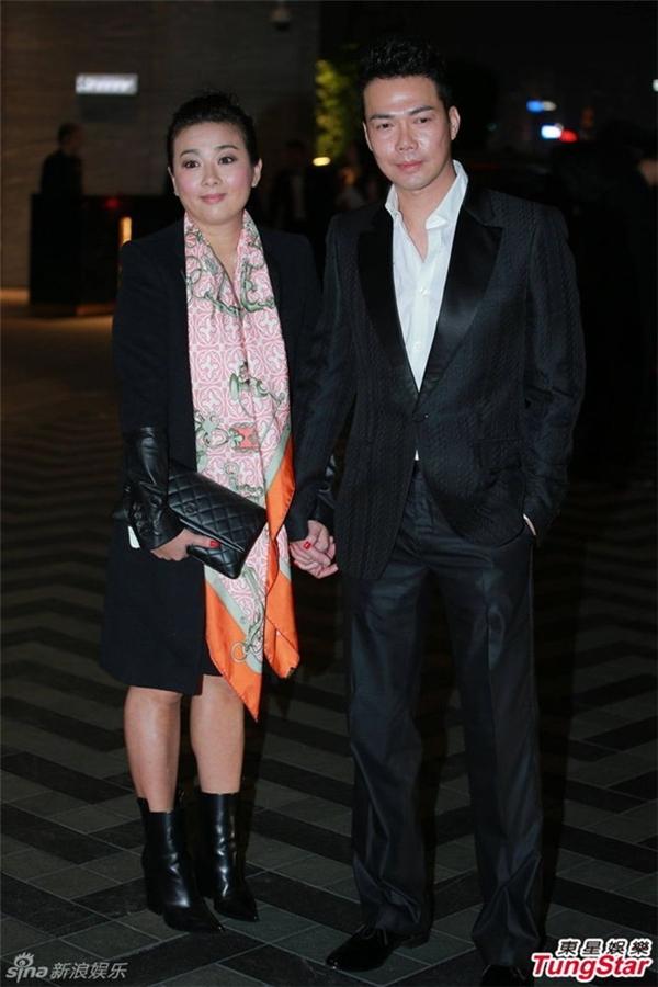 Vợ chồng tài tử Tạ Thiên Hoa.