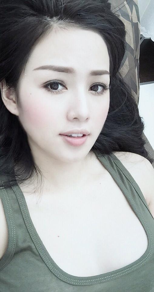 Bà mẹ hot girl Tâm Tít được đông đảo mọi người yêu mến, hâm mộ bởi sở hữu gương mặt xinh đẹp, cũng như nụ cười tươi tắn, dễ thương. (Ảnh: Internet)