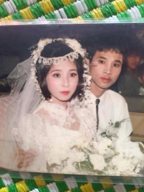 """Loạt ảnh cưới từ thập niên trước của thế hệ bố mẹ chúng ta được cư dân mạng chia sẻ """"rào rào"""".(Ảnh Internet)"""