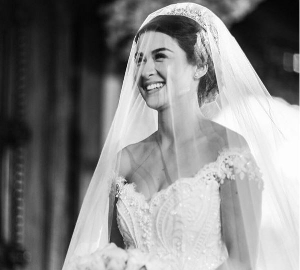 Bức ảnh đẹp của Marian trong ngày cưới được Dingdong khoe trên Instagram đã thu hút nhiều sự quan tâm của người hâm mộ.
