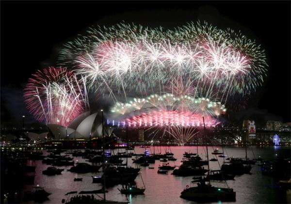 Pháo hoa rực rỡ trên cảng Sydney.(Ảnh: Internet)