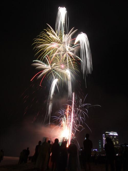 Màn pháo hoa rực rỡ tại thành phố biển Đà Nẵng.(Ảnh: Internet)