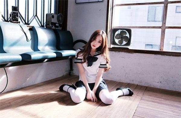 Park Ji Huyn còn là một vũ công khá xuất sắc. Những video nhảy múacủa cô luôn thu hút sự chú ý từcư dân mạng. (Ảnh: Internet)