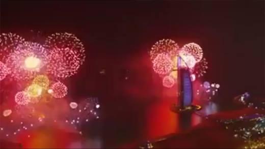Cận cảnh mà bắn pháo hoa mừng năm mới rực rỡ nhất thế giới của Dubai