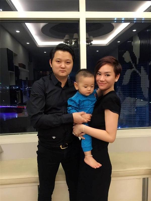 Gia đình của Trà My Idol trong giờ phút đón năm mới 2016. - Tin sao Viet - Tin tuc sao Viet - Scandal sao Viet - Tin tuc cua Sao - Tin cua Sao