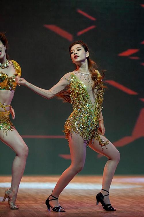 Ngoài tập nhảy 3 buổi/tuần... - Tin sao Viet - Tin tuc sao Viet - Scandal sao Viet - Tin tuc cua Sao - Tin cua Sao