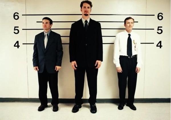 Nghiên cứu: Thiệt thòi của người có chiều cao khiêm tốn