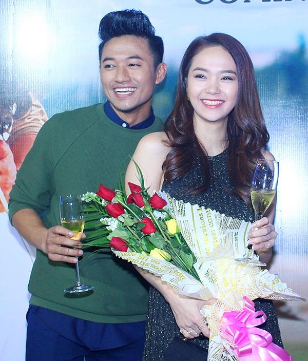Minh Hằng và Quý Bình vừa kết thúc những cảnh quay cuối trong bộ phim điện ảnh mới, dự kiến sẽ ra rạp vào tháng 5/2016. - Tin sao Viet - Tin tuc sao Viet - Scandal sao Viet - Tin tuc cua Sao - Tin cua Sao