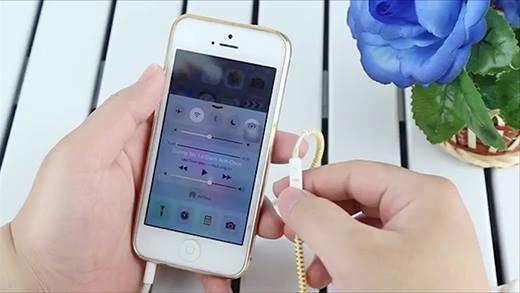 14 công dụng ít người biết của tai nghe iPhone