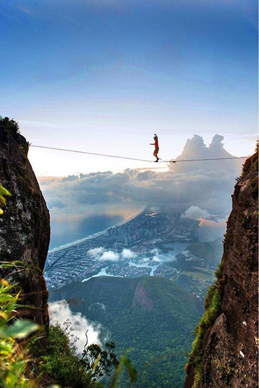 Đi dây ở Rio de Janeiro. (Ảnh: Internet)