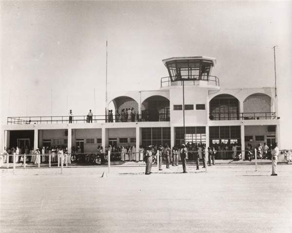 Sân bay Dubai xưa. (Ảnh: Internet)