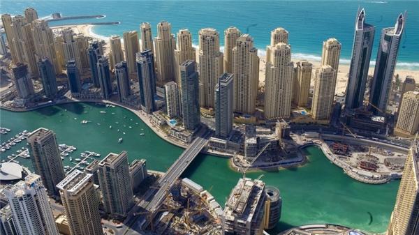Vịnh Dubai xưa và nay. (Ảnh: Internet)