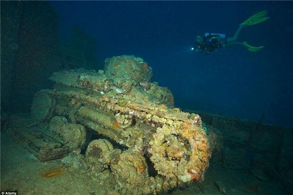 Truk Lagoon từng là căn cứ hải quân hùng mạnh nhất của quận đội Nhật Bản ở Thái Bình Dương, nay chỉ còn sót lại một nghĩa địa tàu chiến đầy ám ảnh nằm vùi dưới đáy biển.(Ảnh: Internet)