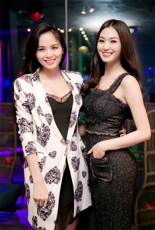 """Điểm danh những """"cao thủ"""" giấu bụng bầu giỏi nhất showbiz Việt - Tin sao Viet - Tin tuc sao Viet - Scandal sao Viet - Tin tuc cua Sao - Tin cua Sao"""