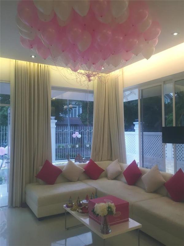 Choáng ngợp trước sinh nhật toàn màu hồng của con gái Thủy Tiên - Tin sao Viet - Tin tuc sao Viet - Scandal sao Viet - Tin tuc cua Sao - Tin cua Sao