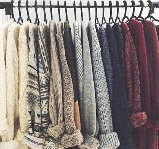 Mỗi một chiếc áo trên không cái nào giống cái nào ngoài... kiểu dáng đâu nhé.(Ảnh: Internet)