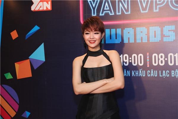 """Minh Hằng """"chào sân"""" Yan Vpop 20 với tóc mới cá tính - Tin sao Viet - Tin tuc sao Viet - Scandal sao Viet - Tin tuc cua Sao - Tin cua Sao"""