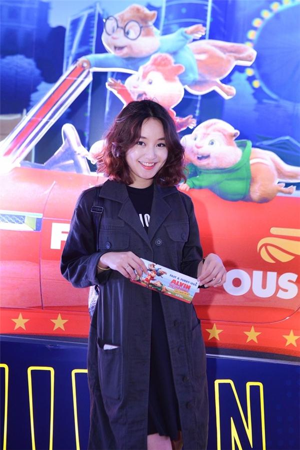 Hot girl đời đầu Hà Nội gây ấn tượng bởi phong cách trẻ trung, năng động. - Tin sao Viet - Tin tuc sao Viet - Scandal sao Viet - Tin tuc cua Sao - Tin cua Sao