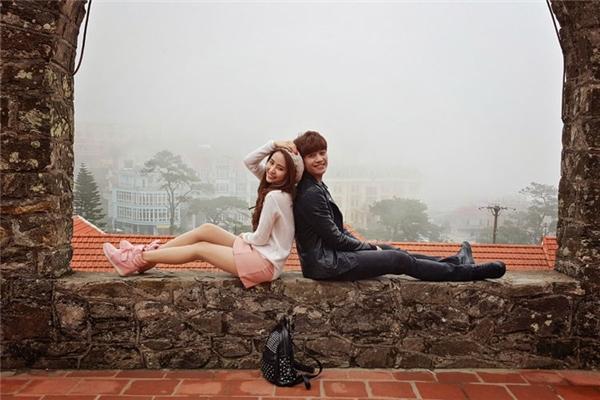 Ông xã ôm hôn Quỳnh Nga thắm thiết ngày tái xuất V-biz - Tin sao Viet - Tin tuc sao Viet - Scandal sao Viet - Tin tuc cua Sao - Tin cua Sao